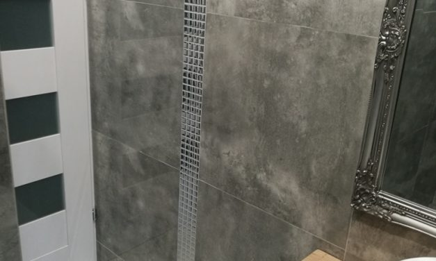 Mozaika Srebrna Chrom w Łazience