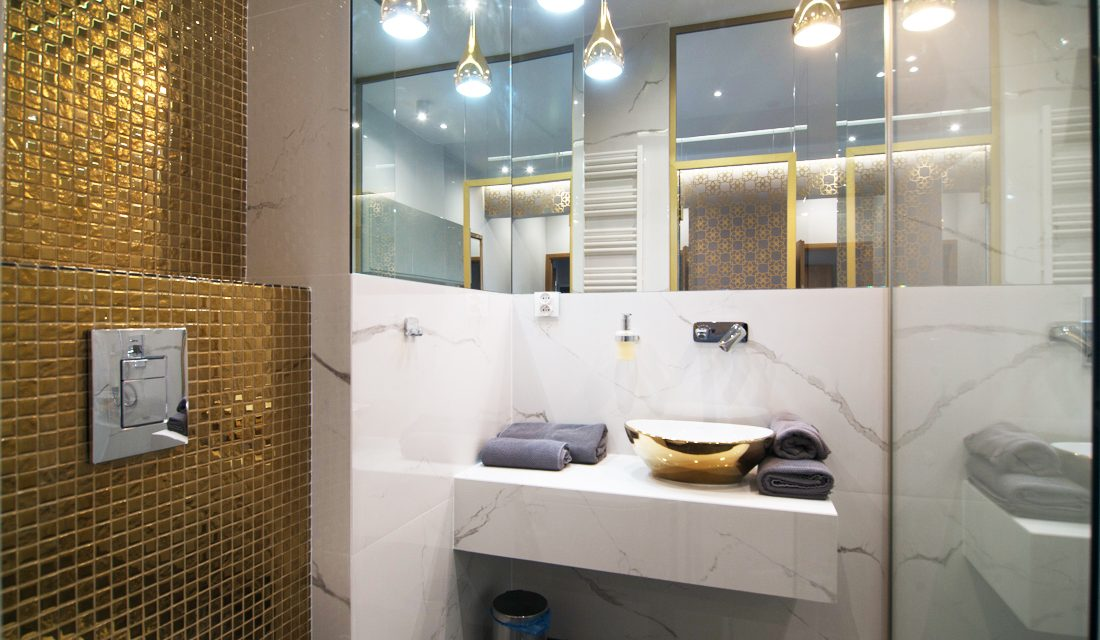 Mozaika szklana w apartamencie