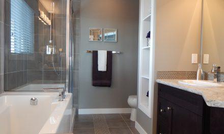 Czarny kolor w łazience